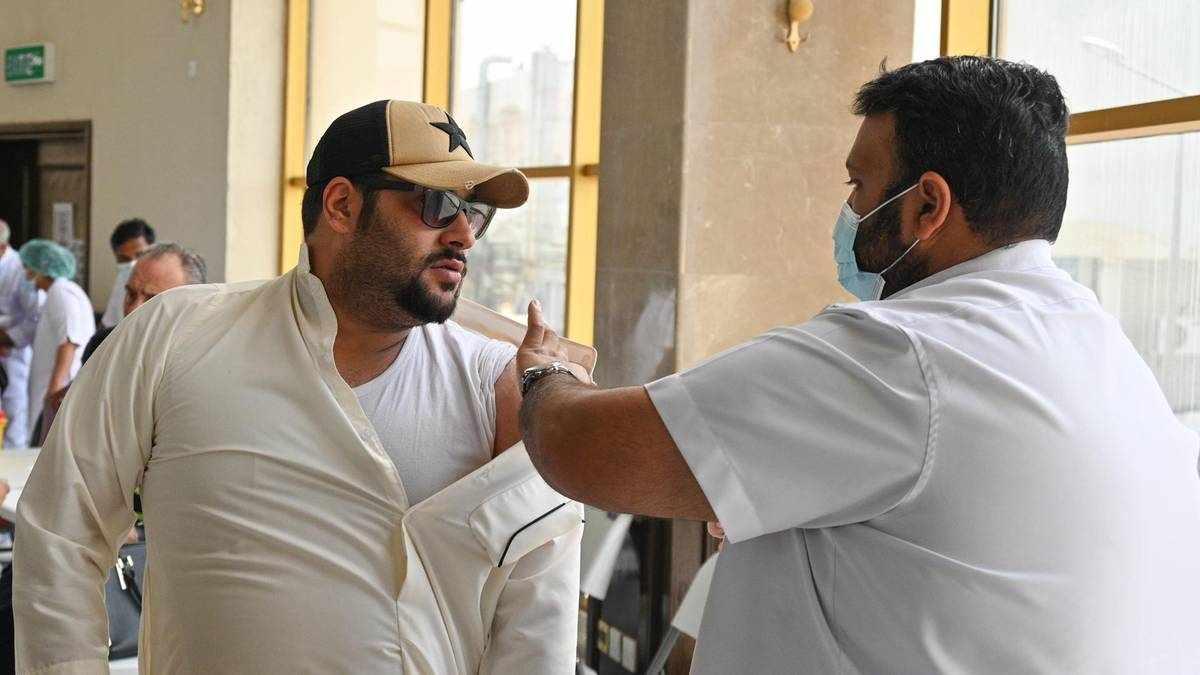 kuwait travel unvaccinated kuwaitis abroad