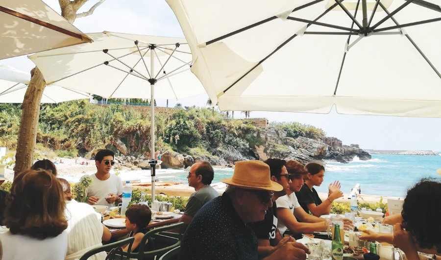 lebanon crises expats visiting