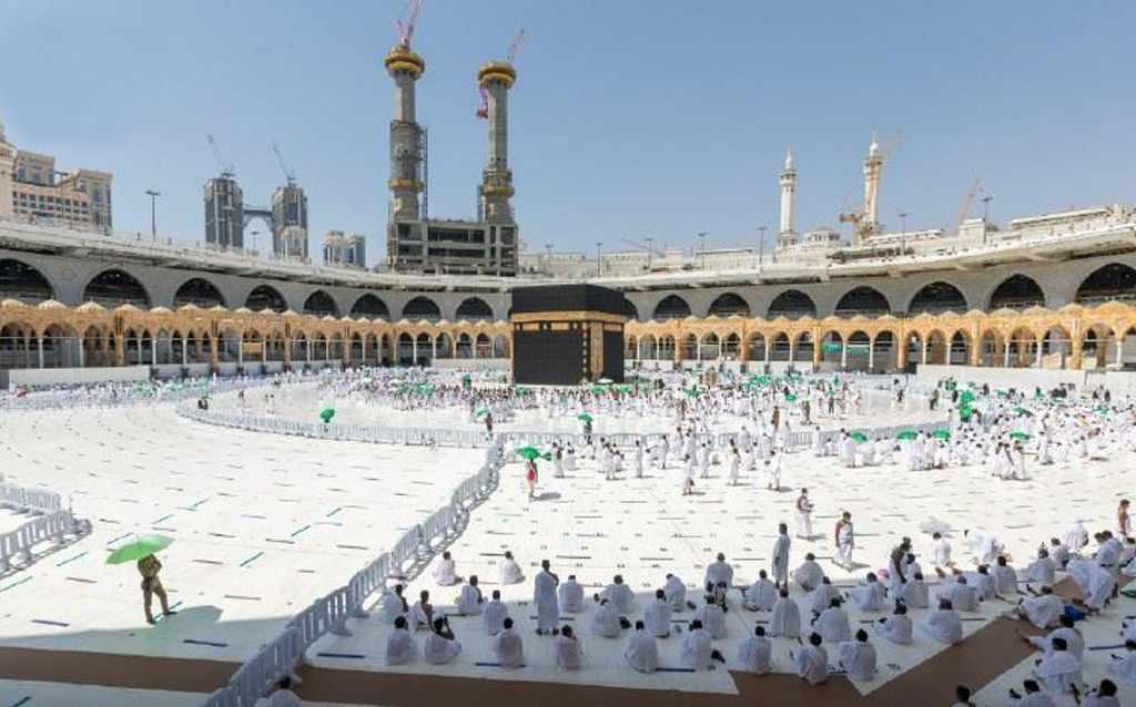 mosque, umrah, doses, holy, saudi,