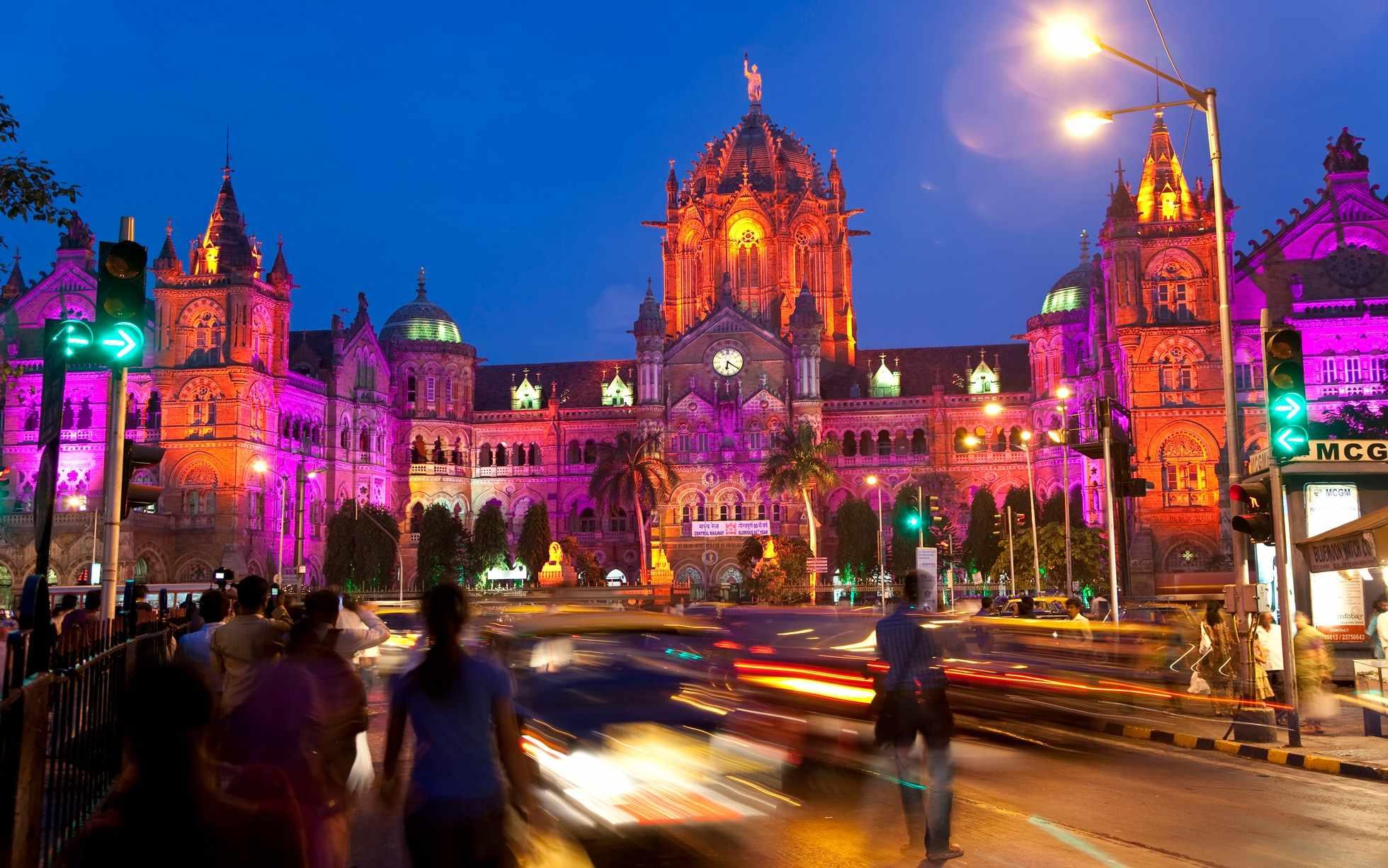mumbai nightlife glitzy bars beat