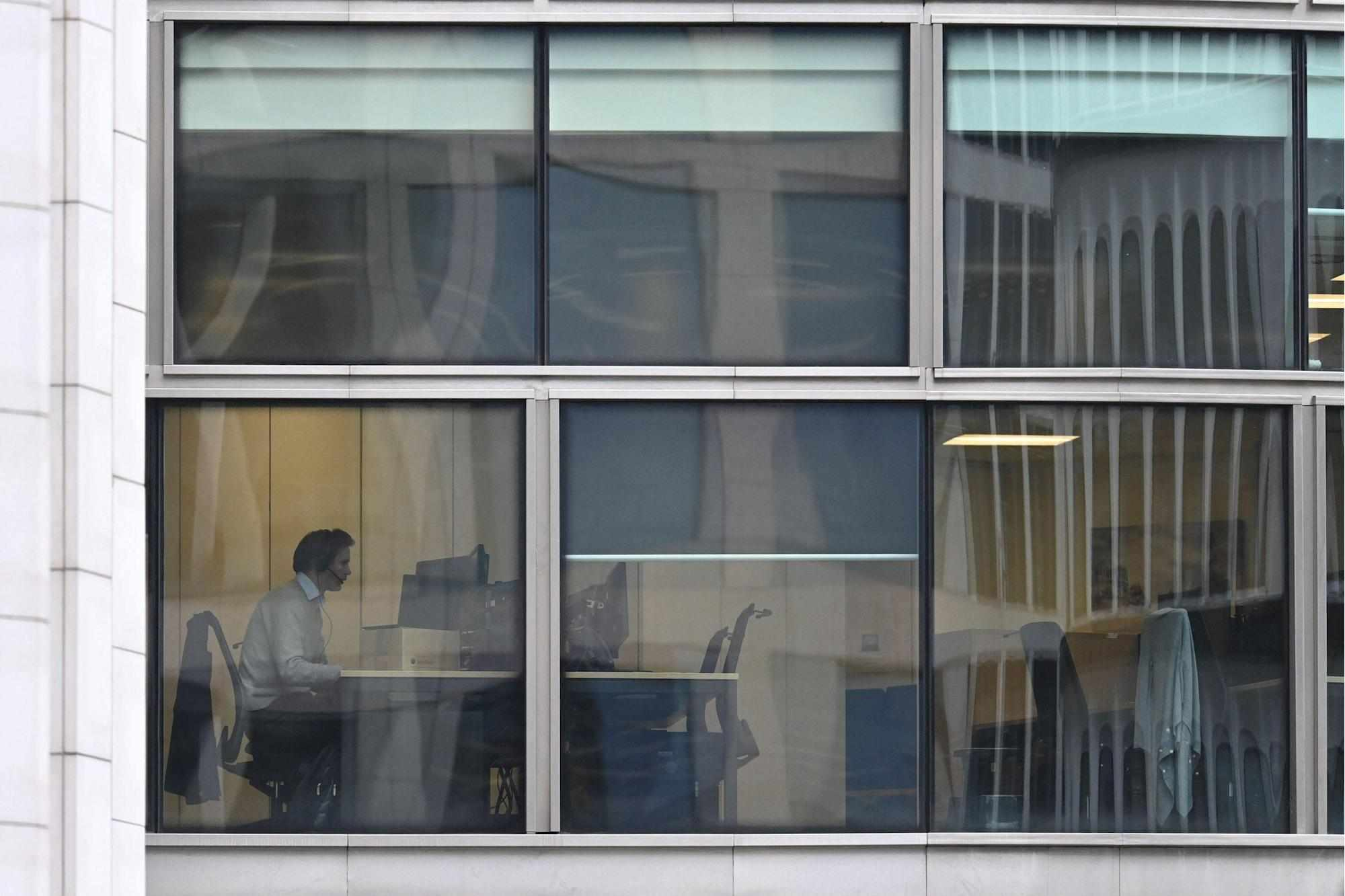 office workers bosses asked would