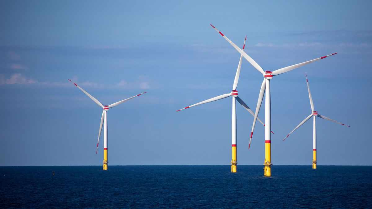 offshore wind oil majors images