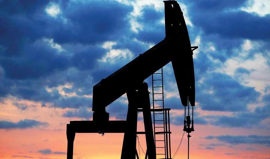 oil climb virus fears risk