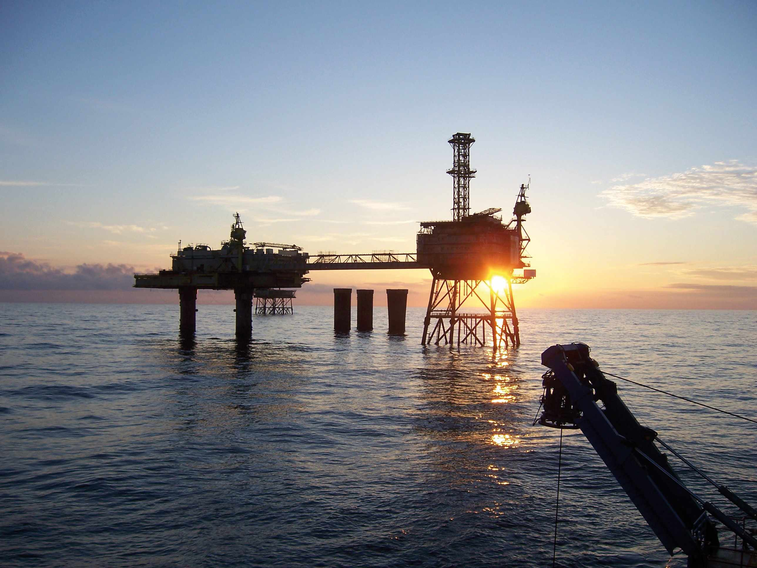 oil costs bankrupt firms decommissioning
