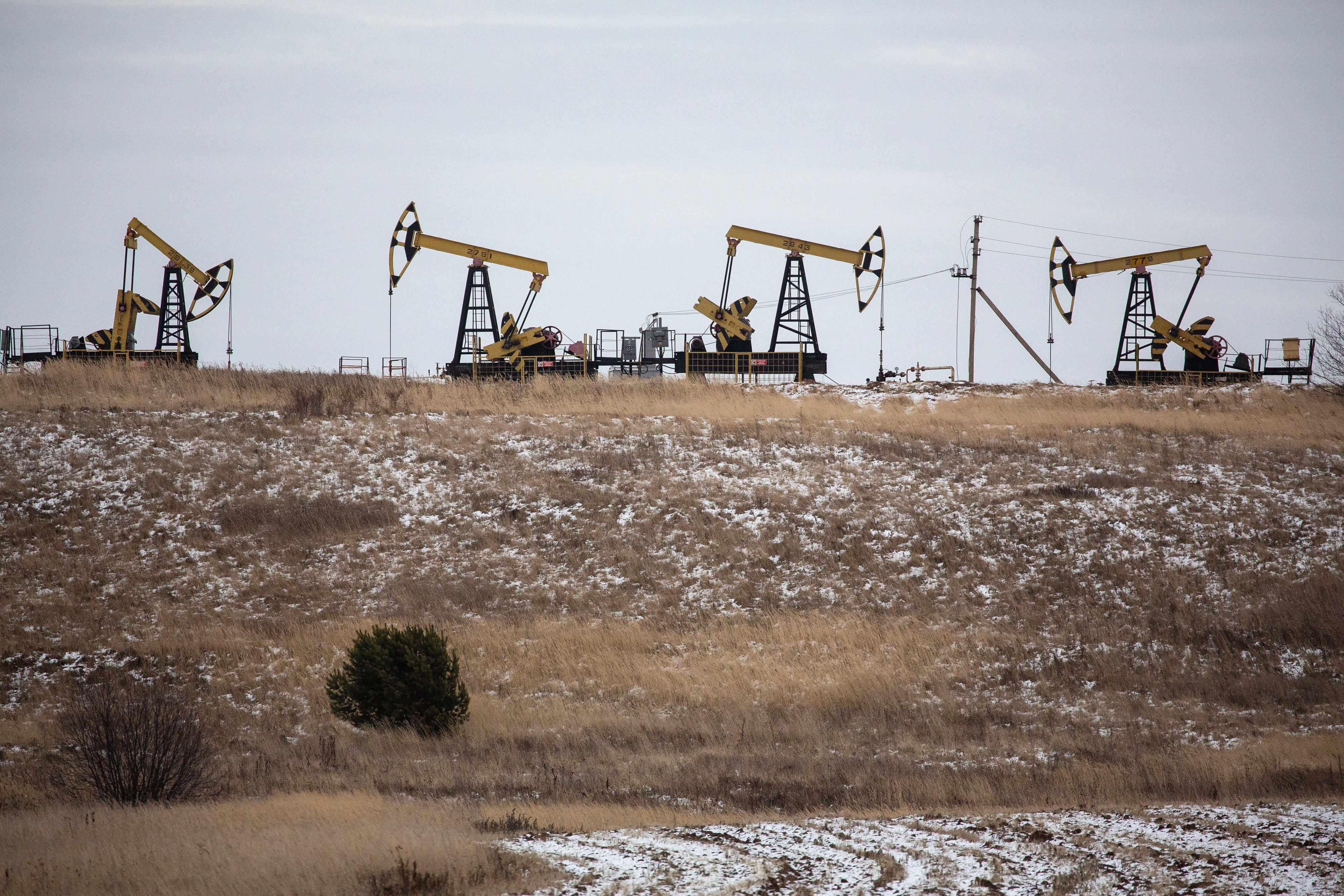 oil, demand, supply, prices, goldman,