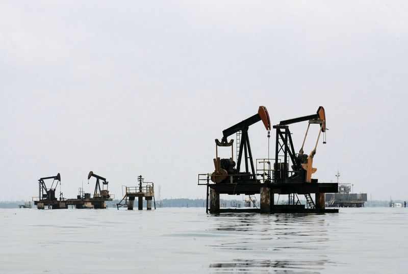 oil exxon traders reuters veteran