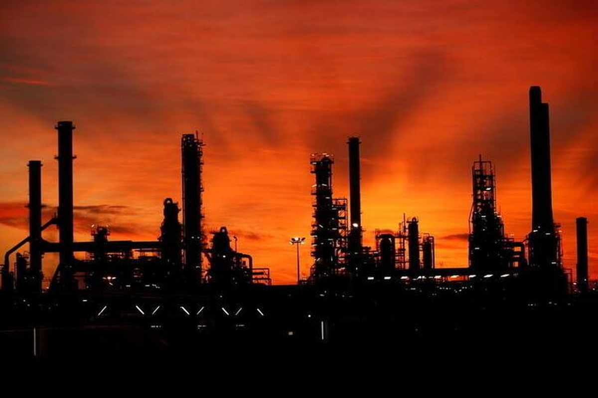 oil prices outlook crude stronger