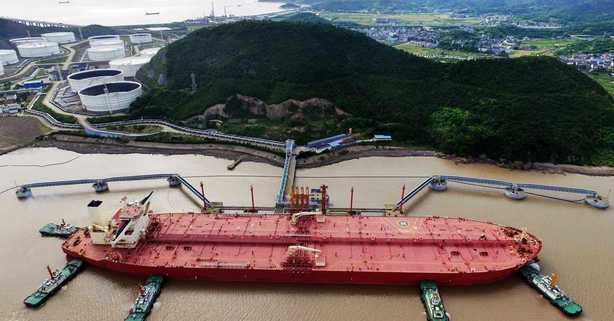oil stocks reuters retreats