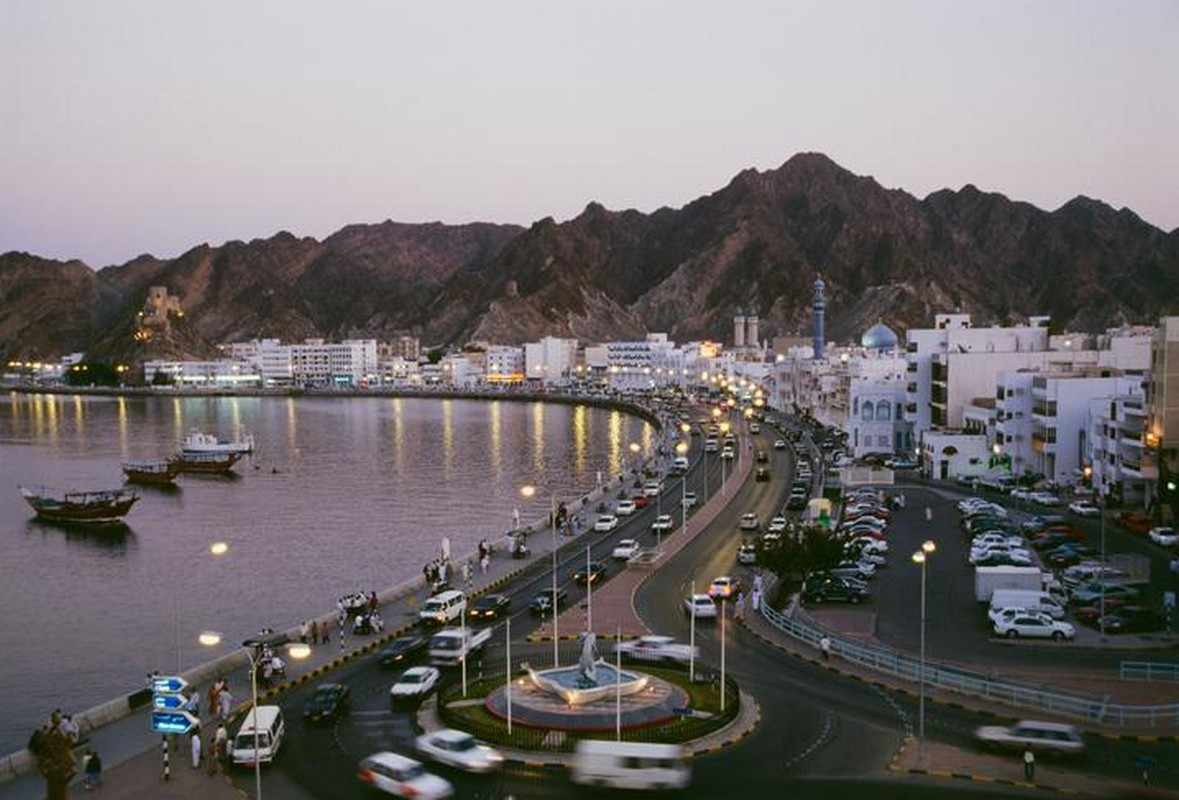 oman cases mid commercial movement