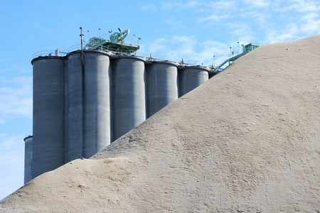 oman cement duqm project hold
