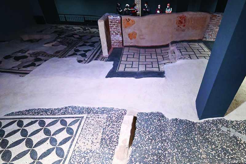 oman roman domus ancient mosaic