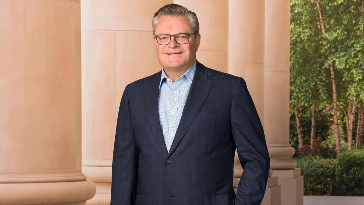 omni hotels resorts travel president