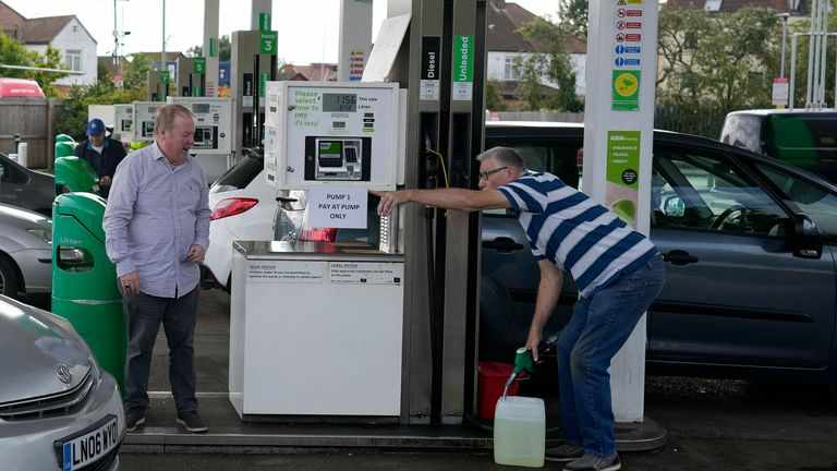 petrol, costs, retailers, ppl, prices,