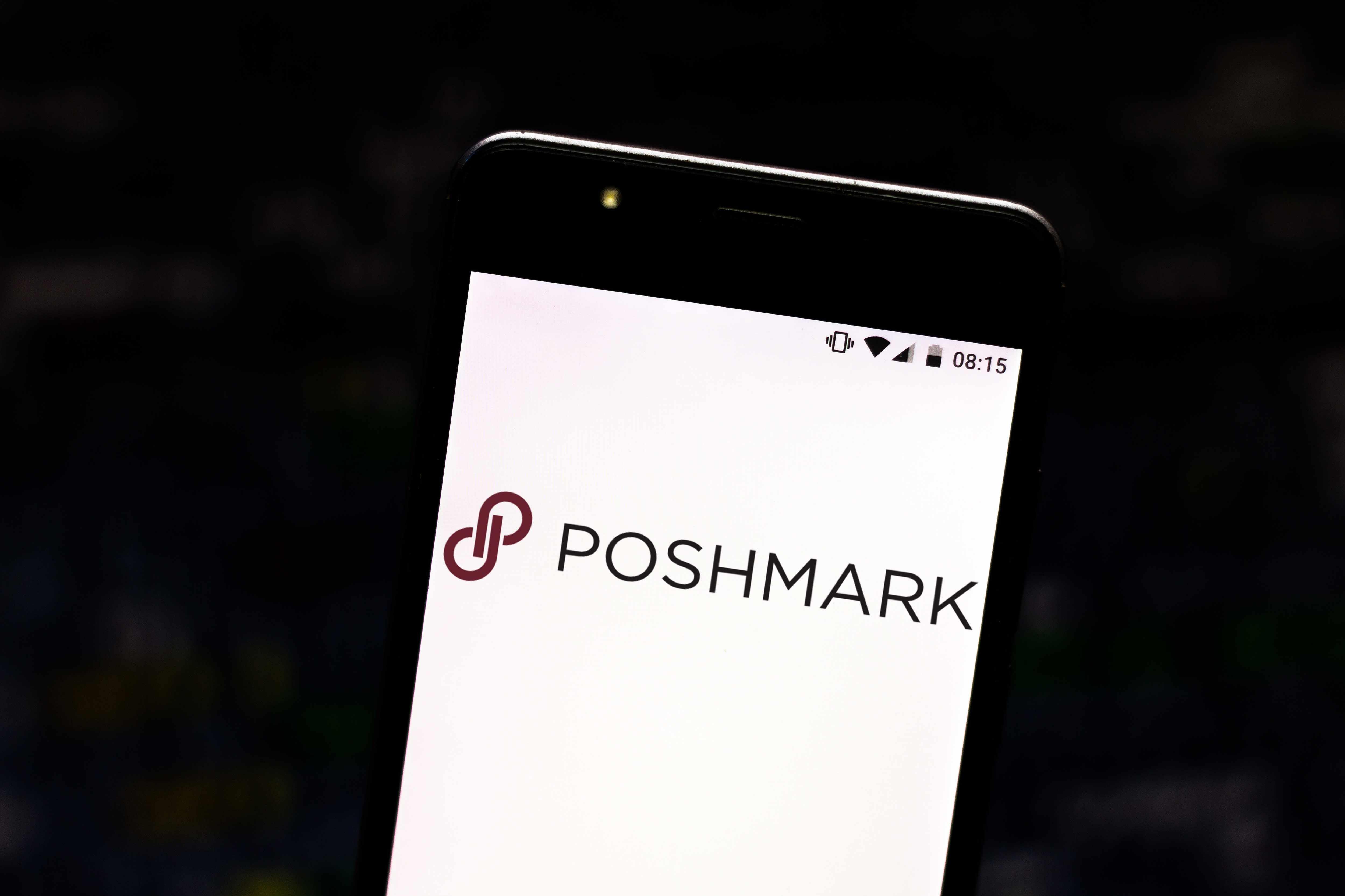 poshmark online clothing reseller company