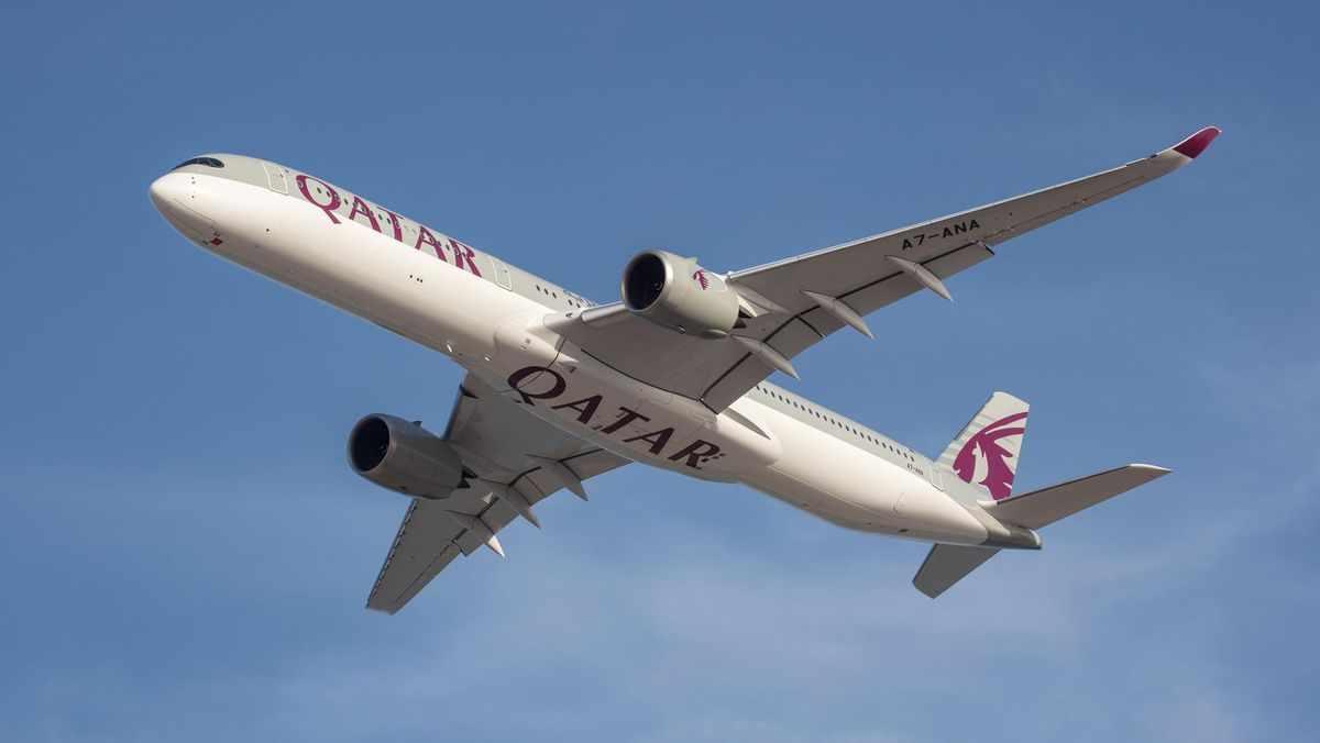 qatar flight vaccinated fully world