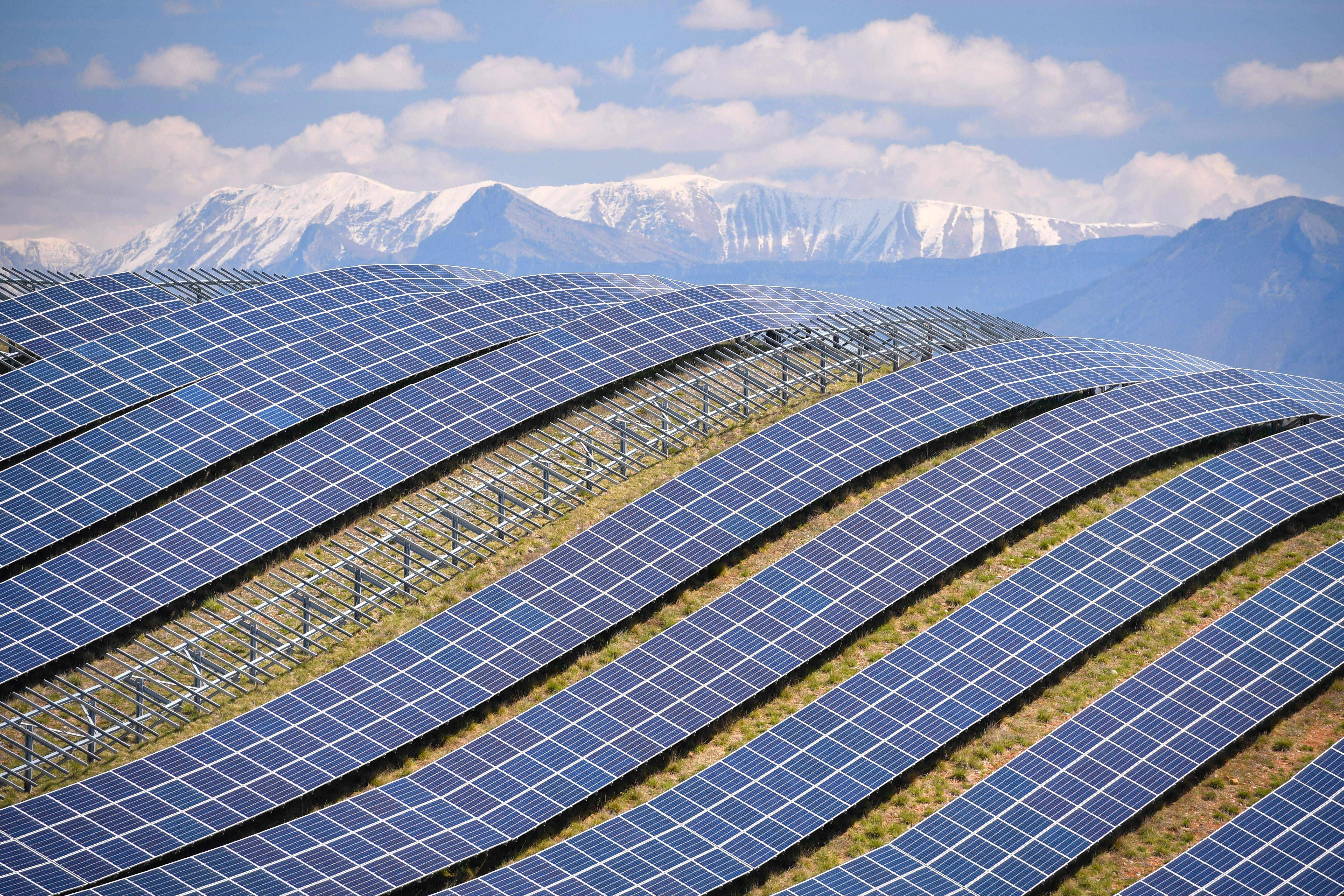 renewable oil investors technology investment