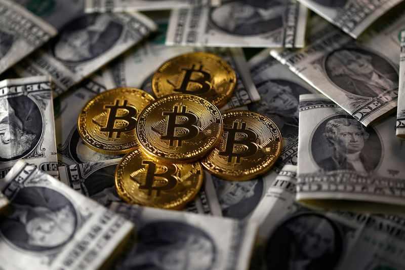 salvador, protesters, bitcoin, president, atm,