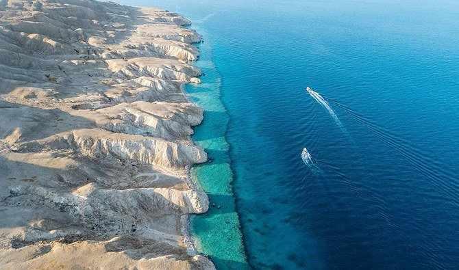 saudi-arabia city car plans sea