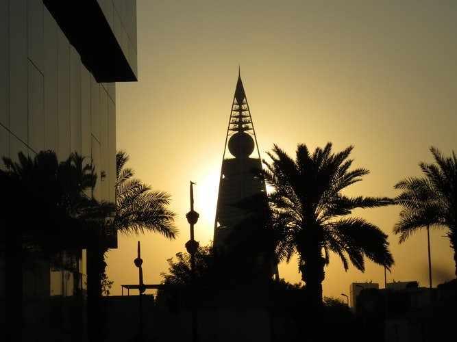 saudi-arabia market tap debt domestic