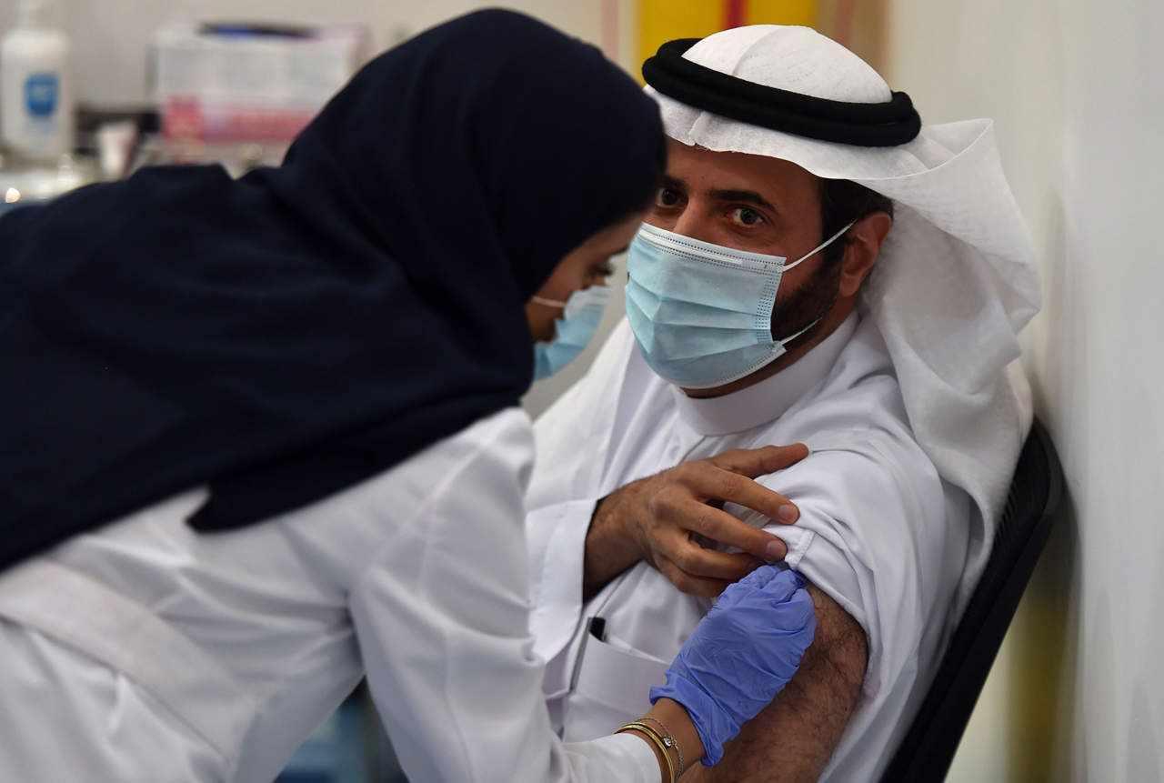 saudi arabia population saudi vaccination doses