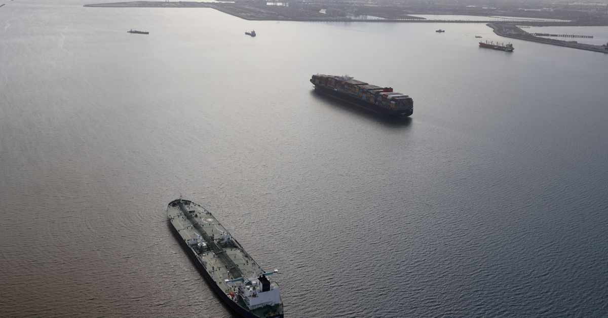 seafarers global supply shattered lines