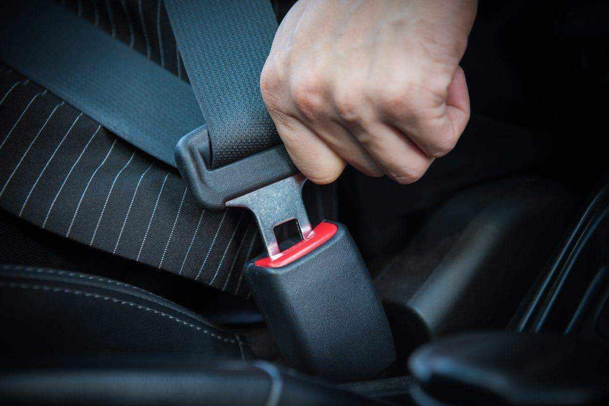 seat car belts fine puae