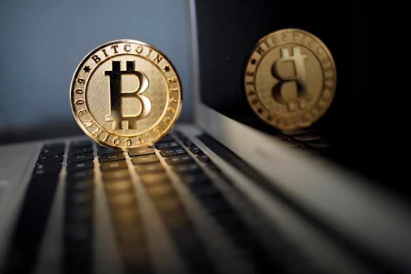 source, bitcoin, pools, etf, trader,