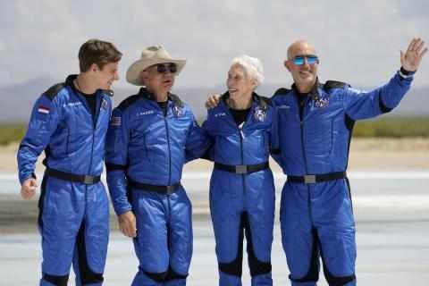 space rocket jeff blasts flight