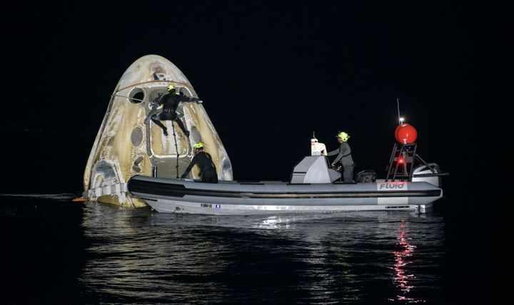spacex astronauts splashdown earth rare