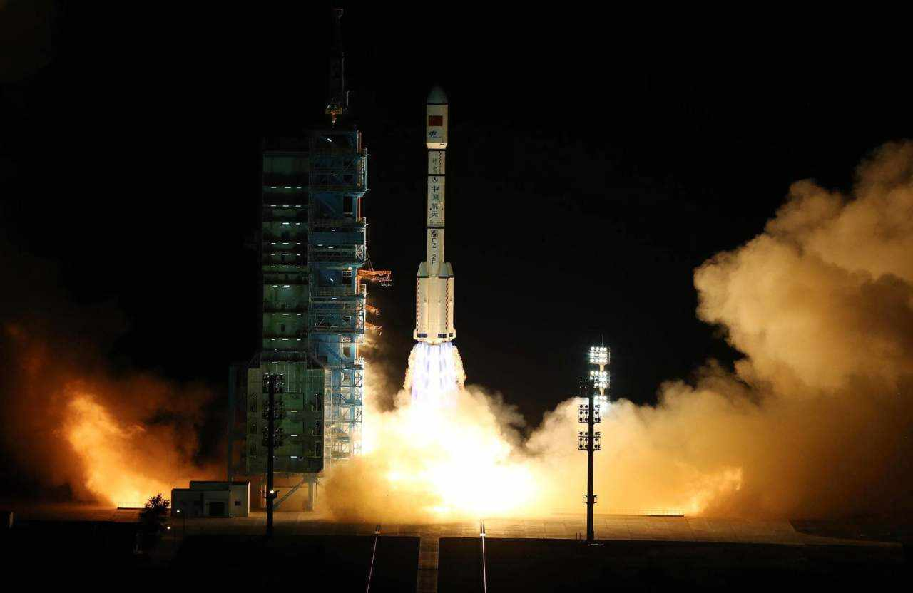 station, space, china, carrying, rocket,
