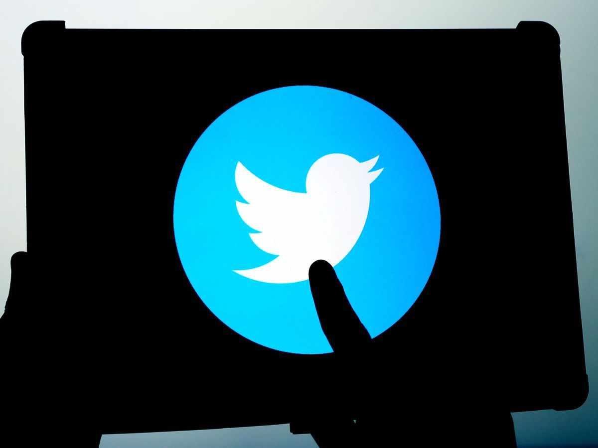 story twitter led