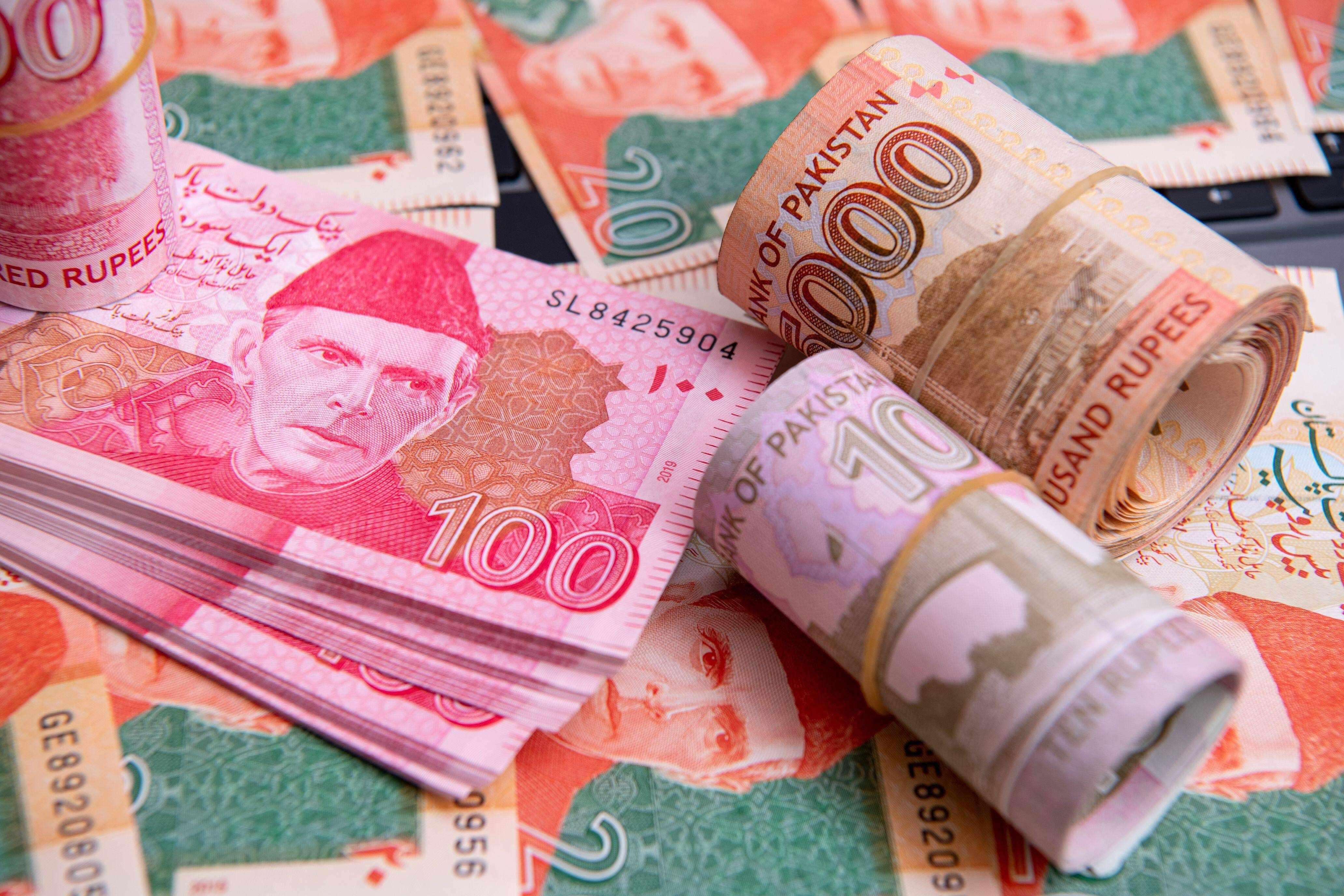 streak, rupee, dollar, pakistani, account,