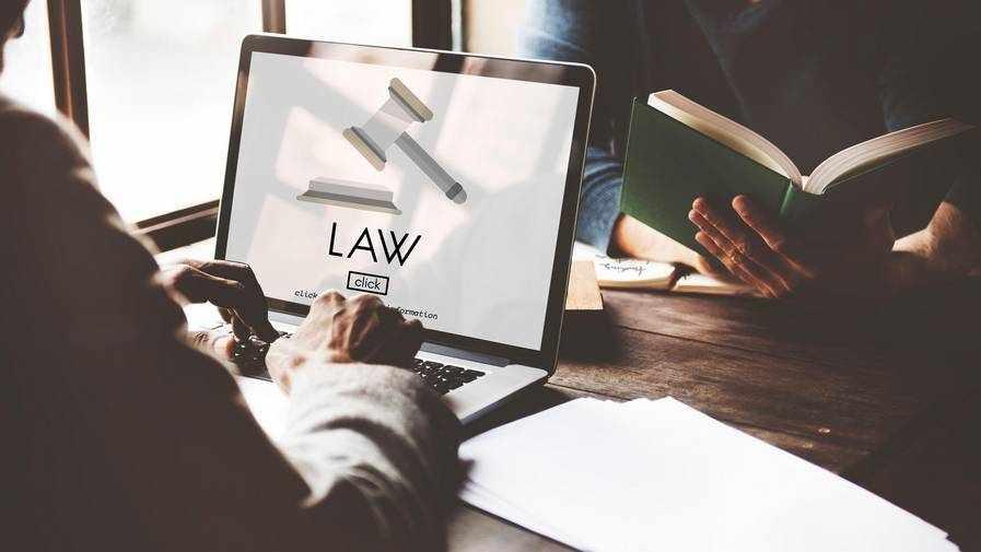 uae centre expats lawyers legal