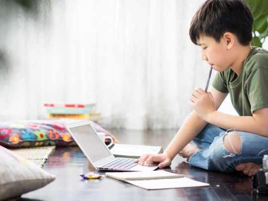 uae child hybrid learning classes