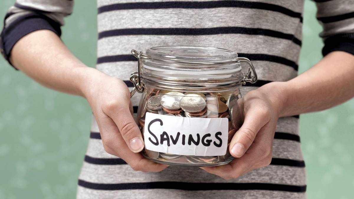 uae covid pandemic savings boom