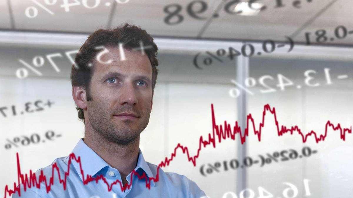 uae investors exposure equities cent