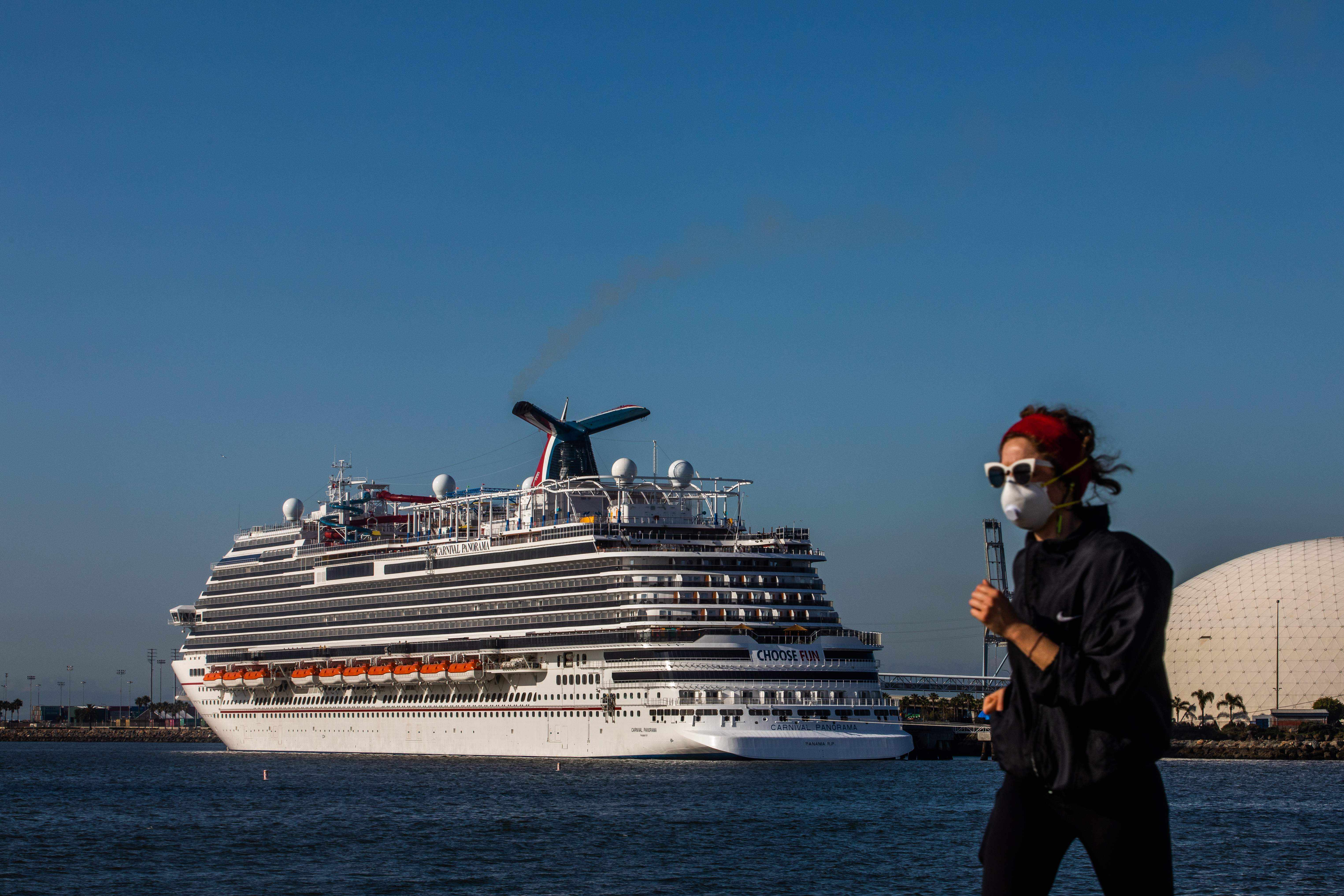 cruise stocks sailing cdc restrictions