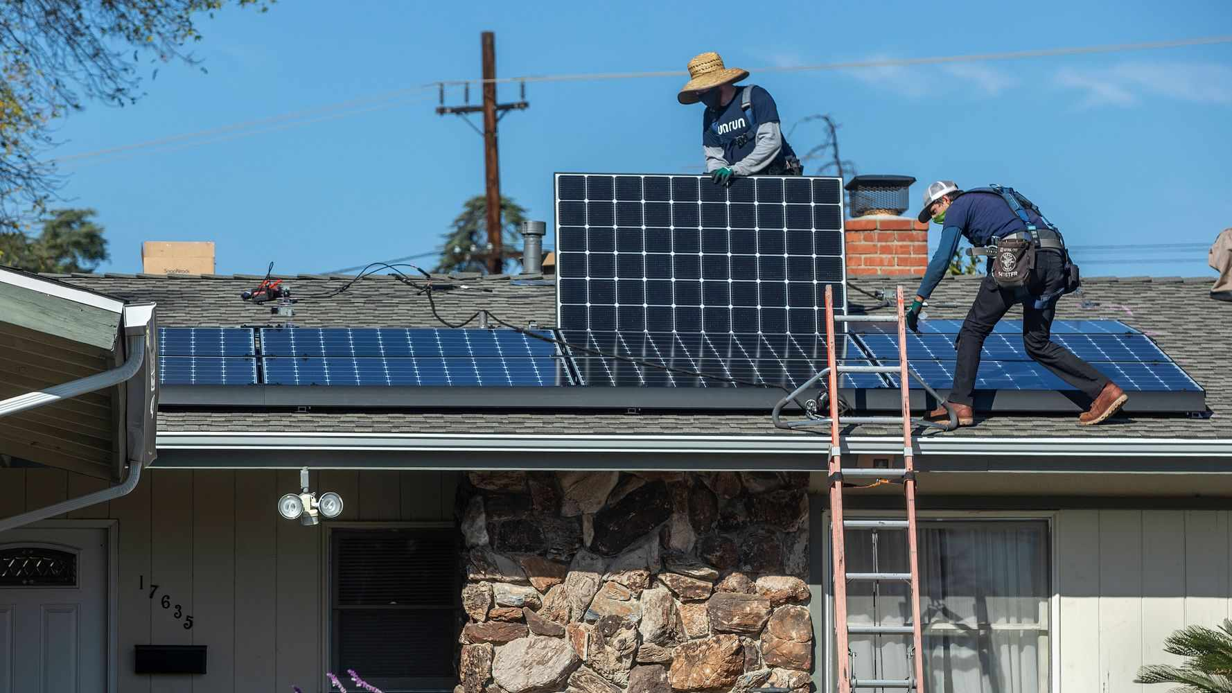 union solar industry jobs workers
