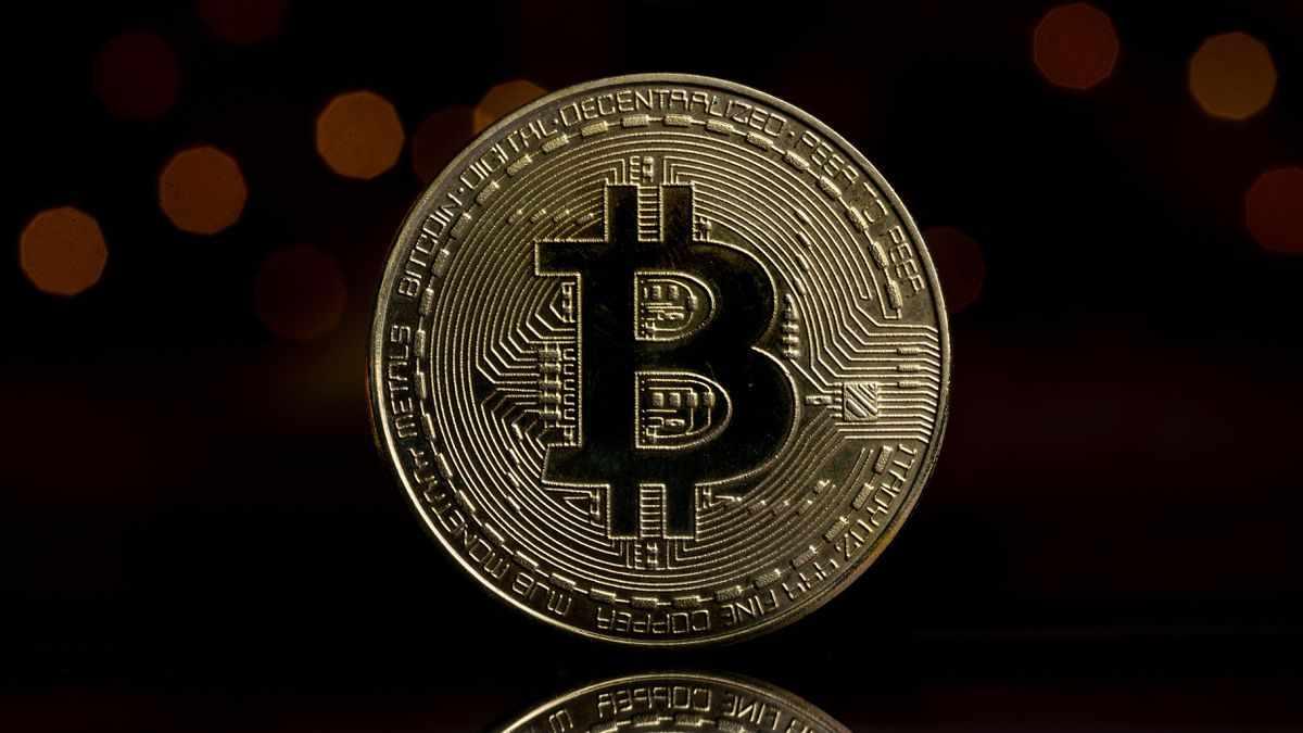 wall-street bitcoin myth street money