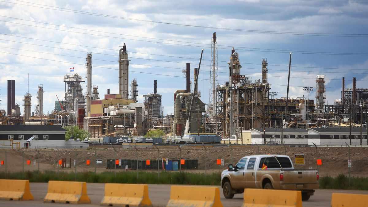 ExxonMobil And Chevron Post Record Losses In Oil Price Rout