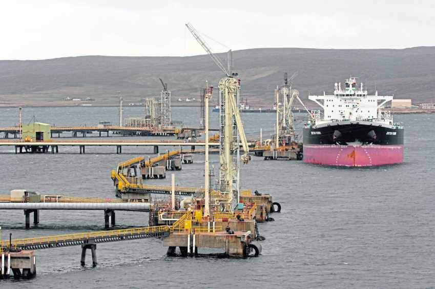 workers action sullom voe tug