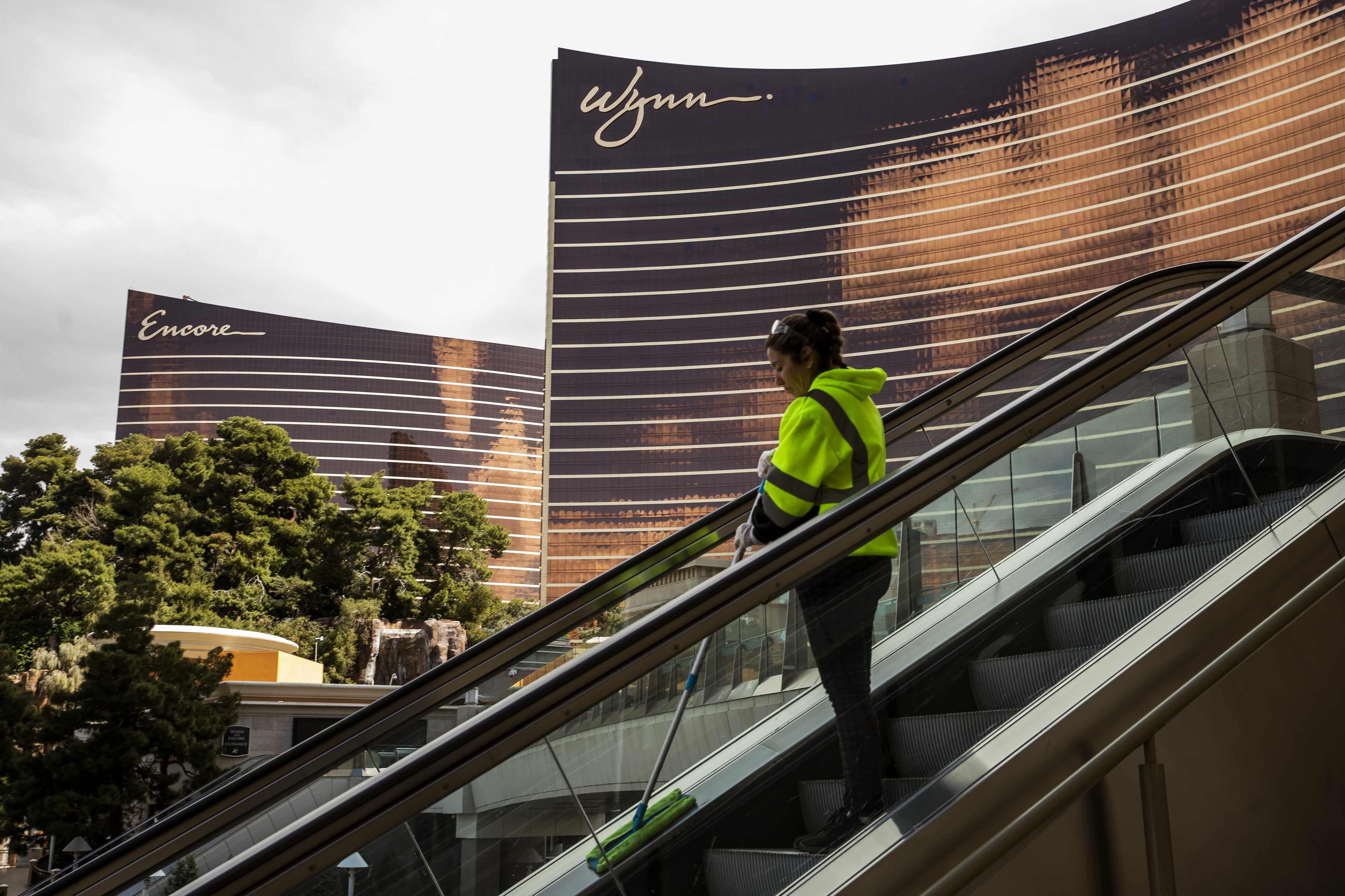 wynn employees resorts company ceo
