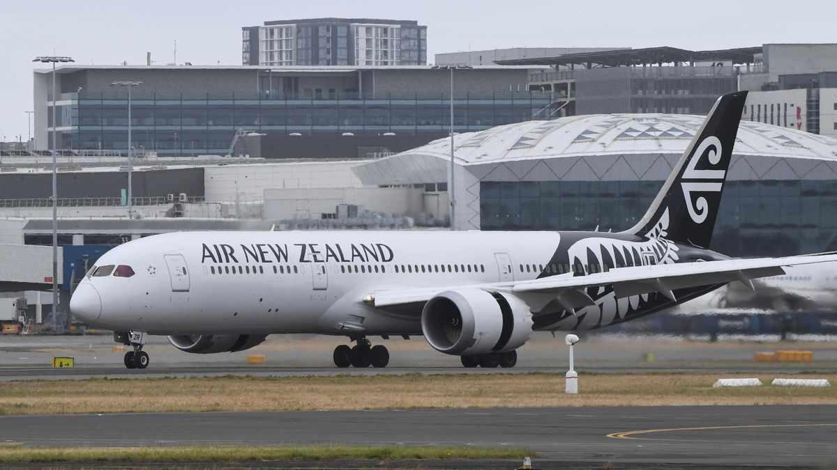 zealand flights vaccine passport australia